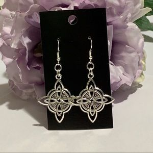 Rhombus Shaped Celtic Knot Fashion Earrings